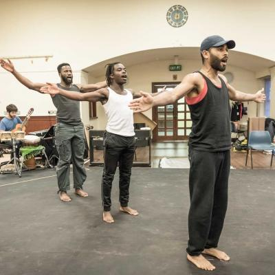 Jonathan Ajayi, Sope Dirisu and Anthony Welsh in rehearsal for The Brothers Size. © Marc Brenner