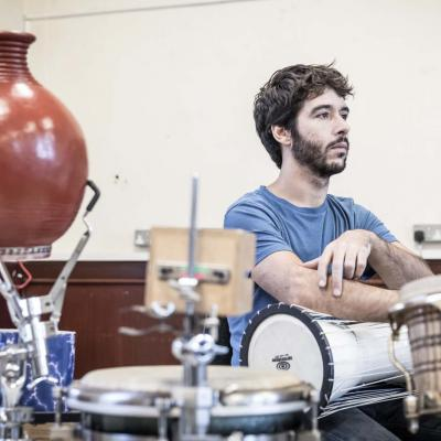 Manuel Pinheiro in rehearsal for The Brothers Size. © Marc Brenner