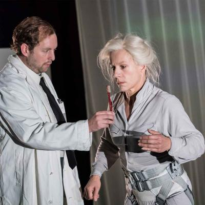 David Emmings and Juliet Stevenson in Wings at the Young Vic. Credit Johan Persson.