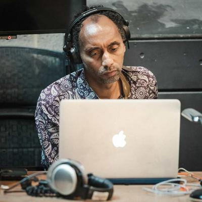 Image of composer Tune Jegede during Changing Destiny Rehearsals