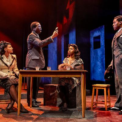 Nenda Neurer, Sope Dirisu, Carole Stennett and Natey Jones. Death of a Salesman. (c) Brinkhoff Mogenburg