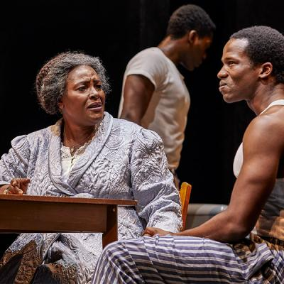 Sharon D. Clarke and Sope Dirisu. Death of a Salesman (c) Brinkhoff Mogenburg