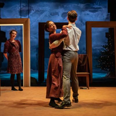 Anna Russell-Martin, Amaka Okafor and Luke Norris  in Nora: A Doll's House (c) Marc Brenner